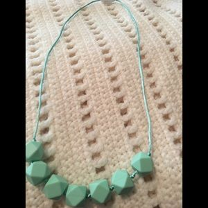 Jewelry - Mint teething Necklace - New Mom!